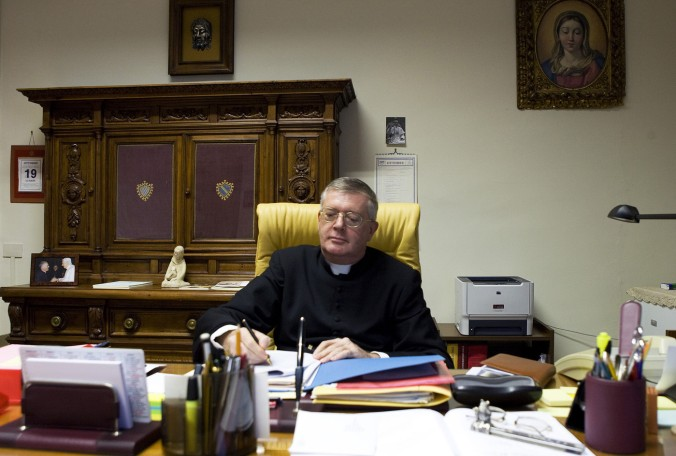 mgr-guido-pozzo-secretaire-commission-ecclesia-dei-rome-2009-responsable-discussions-avec-lefebvristes_0_1400_944
